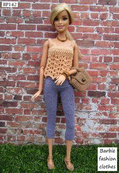 Crochet Barbie Patterns, Crochet Barbie Clothes, Girl Doll Clothes, Doll Clothes Patterns, Barbie Top, Barbie Dolls Diy, Barbie Shoes, Handmade Clothes, Diy Clothes