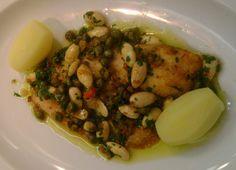 Claude Troisgros ajuda arquiteta a preparar um peixe à belle meunière para jantar romântico. Que Marravilha! - GNT