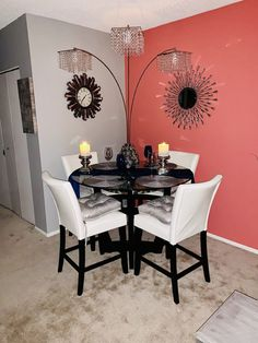 Dining with color Living Room Decor Colors, Decor Home Living Room, Bedroom Decor, Luxury Dining Room, Dining Room Design, First Apartment Decorating, Apartment Ideas, Small Apartment Living, Ideas Hogar