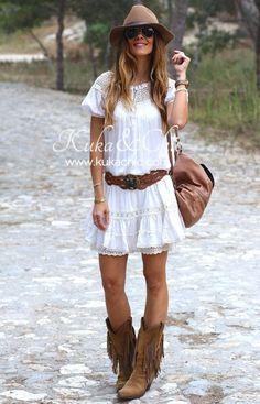 Bohemian Fall Outfits, Ibiza Outfits, Hippie Chic Outfits, Bohemian Style Clothing, Fashion Outfits, Look Hippie Chic, Boho Look, Boho Chic, Country Dresses