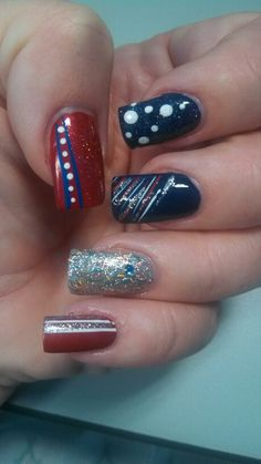 Red, white & sparkle, 4th of July nail art