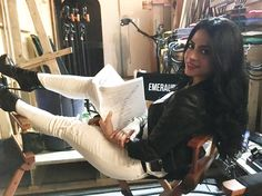 ImageFind images and videos about shadowhunters, emeraude toubia and isabelle lightwood on We Heart It - the app to get lost in what you love. Maia Roberts, Fangirl, Shadowhunters Tv Show, Isabelle Lightwood, Female Fighter, City Of Bones, Hot Brunette, Shadow Hunters, The Mortal Instruments