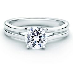 Designer Bright Polished Split Shank Engagement Ring Forevermark® #round #signature Style MES520