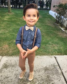 20 Toddler Boy Outfit Ideas Suspender Trousers for Gentleman Baby Boys - Cute Adorable Baby Outfits Toddler Boy Fashion, Little Boy Fashion, Toddler Boy Outfits, Fashion Kids, Boy Toddler, Toddler Boy Dress Clothes, Fashion Usa, Latest Fashion, Suspenders Outfit