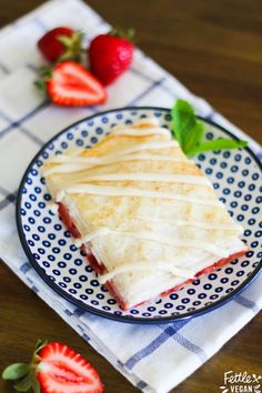 Strawberry Phyllo Strudels I'm officially dubbing these 'lazy girl pop tarts'. They are SO simple to make, don't require you to whip up any dough, are ready in less than half an hour, and are ma Phyllo Dough Recipes, Strudel Recipes, Jam Recipes, Vegan Recipes, Cooking Recipes, Strawberry Pop Tart, Strawberry Dessert Recipes, Raspberry, The Fresh