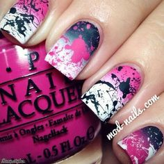 Pink, black, and white gradient splatter nails. Sub out pink for green or blue and I would rock those nails! Fabulous Nails, Gorgeous Nails, Pretty Nails, Amazing Nails, Nagellack Design, Nagellack Trends, Get Nails, Fancy Nails, Splatter Nails
