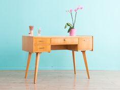 50er Jahre Schreibtisch, Vintage, 60er Jahre von MID CENTURY FRIENDS auf DaWanda.com