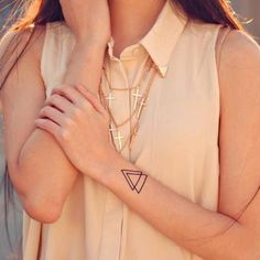 DCER x Art In Our Blood    Triangle tattoo : http://dcer.eu/fr/tatouages/11-triangle-tattoo.html