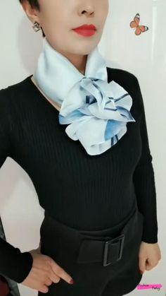 Ways To Tie Scarves, Ways To Wear A Scarf, How To Wear Scarves, Scarf Knots, Diy Scarf, Mode Outfits, Chic Outfits, Fashion Outfits, Girly Outfits