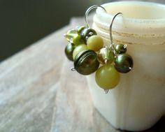 Olive Green Cluster Earrings Pearl Jewelry от FuchsiaBloomStudio