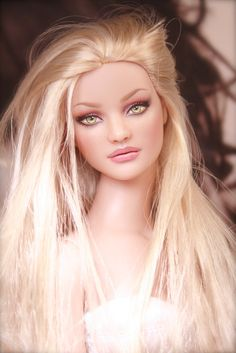 .Dollhouse, ~*dolls with a difference........*~ Beautiful hauntingly realistic looking dolls.