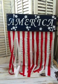Of July, Independence Day Fabric Banner Sign Decor Diy Projects On A Budget, Vinyl Projects, Diy Craft Projects, Handmade Decorations, Handmade Crafts, Spindle Crafts, Patriotic Crafts, Patriotic Party, Home Decor Colors