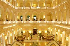 """""""Grand Budapest Hotel"""" in Görlitz gedreht: Dabei hat Budapest selbst Hotels die fielmreif sind - TRAVELBOOK.de"""