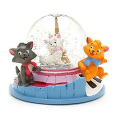 The Aristocats Snow Globe - Disney Store UK  Marie (white Kitten), Berlioz,(black kitten), & Toulouse (yellow kitten).