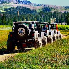 #Jeep --------------------------------------------------- Cool Photo Re-Pinned by JeepDreamsUSA.com