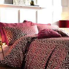 Fountain Deco Wine Jacquard Pair or Pillowshams Art Deco Bed, Art Deco Movement, Bed Linen Design, Comfy Bed, Art Deco Furniture, Duvet Sets, Bed Spreads, Wine, Duvet Covers