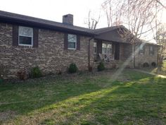 3/2/2 $129,000 between Benton & Paducah.  Fenced in back yard.  1.28 acres.