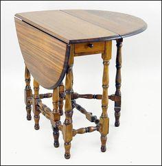 Oak Drop Leaf Gate Leg Table : Lot 138-1009 #oak #dropleaf #furniture