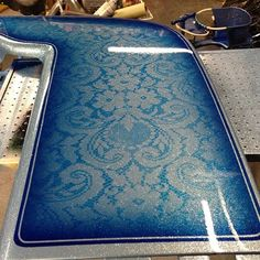 Lace paint idea for across the top of tank, etc. Car Paint Jobs, Custom Paint Jobs, Custom Cars, Auto Paint, Lace Painting, Air Brush Painting, Body Painting, Spray Painting, Paint Schemes