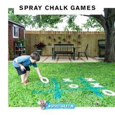 How to use spray chalk to keep your kids busy and entertained all summer long! These fun chalk spray paint ideas are easy to play and to clean up! Outside Games, Outside Activities, Fun Summer Activities, Outdoor Activities, Tic Tac Toe, Backyard Games, Outdoor Games, Outdoor Play, Spray Chalk