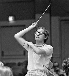 Kazuyoshi Akiyama conductor