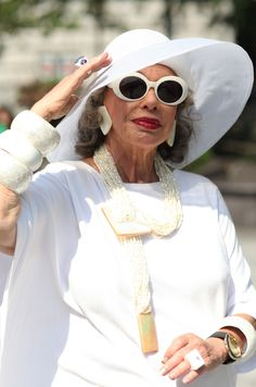ADVANCED STYLE: Lynn Dell's Summer Looks..... This is what I want to look like at her age