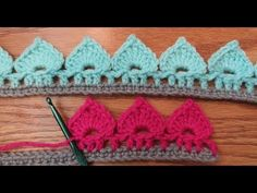 Learn how to crochet this beautiful spades stitch border or edging in just about ten minutes. Using a free crochet pattern with step by step video tutorial Crochet Border Patterns, Crochet Boarders, Crochet Blanket Edging, Crochet Lace Edging, Crochet Trim, Diy Crochet, Crochet Crafts, Crochet Projects, Crochet Edgings