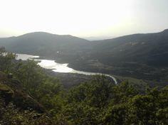 Vistas sobre el pantano de Plasencia, en el río Jerte, desde la Sierra de San Bernabé.