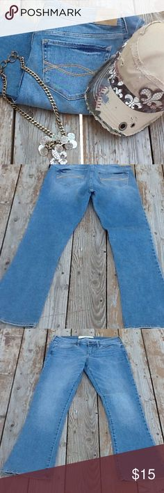ABERCROMBIE & FITCH SKINNY BOOT JEANS SIZE 6S These jeans designed by A&F have a 28 inch waist, a 30inch inseam and a 39 inch outer seam.They have some stretch to them.  First photo not actual display only. FAST SHIPPER. Abercrombie & Fitch Jeans Boot Cut