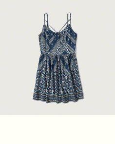 Femme - Robes et combinaisons   eu.Abercrombie.com Fringues, Abercrombie    Fitch c20fbf9b40e