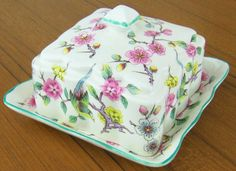 Vintage Old Foley James Kent LTD Staffordshire England Covered butter dish with a chintz Eastlake style pattern