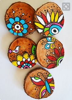 Best 12 6 x hand painted bamboo coasters with stand – Ski… Beste 12 6 x handbemalte Bambusuntersetzer mit. Painted Bamboo, Painted Rocks, Home Crafts, Diy And Crafts, Arts And Crafts, Decor Crafts, Stone Painting, Painting On Wood, Wood Slice Crafts