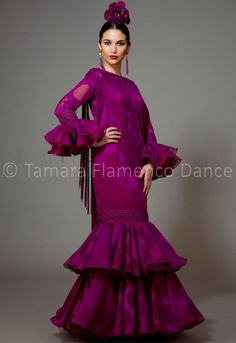 https://www.tamaraflamenco.com/es/trajes-de-flamenca-2016-122                                                                                                                                                                                 Más