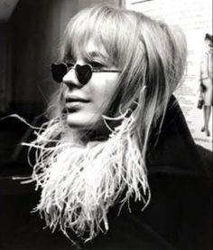 such good sunglasses, 1960s.  THIS KINDA LOOKS LIKE JOHN LENNONS 1ST WIFE, CYNTHIA.