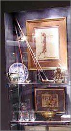 Golfmuseum: Golf Antiquitäten - Schläger, Grafiken, Stiche, Plakate…