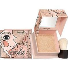 Cookie Highlighter by Benefit Benefit Cosmetics, Makeup Cosmetics, Sephora, Ruby Rose, Blush Brush, Makeup Brands, Cookies Et Biscuits, Beauty Makeup, Makeup Products