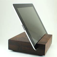 Block & Sons Co. Article. The Lenora. 1 lb. 10.2 oz. Black Walnut iPad. i love mine!!