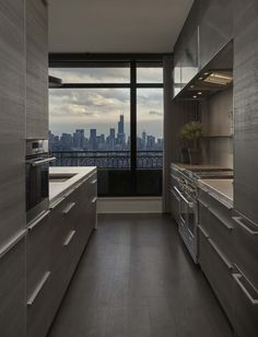 A couple sought to have their lakeview apartment rehabbed by Space Architects and Elizabeth Krueger Design into a tranquil aesthetic, in Chicago, Illinois. Apartment View, Chicago Apartment, York Apartment, Dream Apartment, Apartment Interior, Apartment Goals, Home Room Design, Home Interior Design, House Design