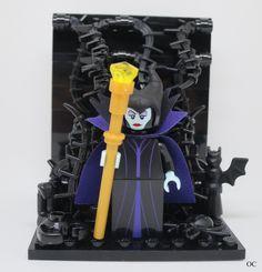 Lego Maleficent Minifigures Vignette 8x8 Lego Mario, Mario Toys, Lego Minecraft, Minecraft Skins, Minecraft Buildings, Lego Minifigure Display, Lego Tv, Lego Halloween, Micro Lego