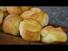 Cómo hacer panes saborizados rápidos y deliciosos - YouTube Empanadas, Dessert Bread, Churros, Sin Gluten, Muffins, Sandwiches, Bakery, Sweets, Lunch