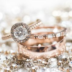 23 gorgeous vintage-inspired engagement rings for some engagement ring inspiration.