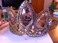 Sew Leslie: How To Make A Rapunzel Crown/Tiara! I want to wear this for my bachelorette party! :))