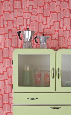 "Foto ""pinnata"" dalla nostra lettrice Nestyle I would love to own a vintage kitchen larder!"