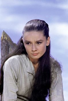 """Audrey Hepburn poses while in character as Rachel Zachary in the movie """"The Unforgiven"""". Photograph by Inge Morath - Durango, Mexico / movie released in April Audrey Hepburn Movies, Audrey Hepburn Born, Jean Simmons, Jennifer Love Hewitt, Lauren Bacall, Elizabeth Taylor, British Actresses, Actors & Actresses, Classic Actresses"""