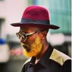 And this man, who chose to brighten up his face with some sunshine yellow in his beard. 23 Men Who Are Redefining What Makes Beards Beautiful Stubble Beard, Beard Wax, Beard Styles For Men, Hair And Beard Styles, Album Design, Bart Trend, Mens Beard Grooming, Male Grooming, Beard Colour