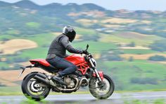 Ducati Monster 821: Brillant petit monstre - Lancements - Ducati Monster 2015 - Moto Journal