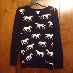 Old Navy Horse sweater New Old Navy horse sweater Old Navy Sweaters