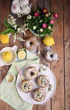 Zitronen Avocado Gugelhupf Mit Schokoeiern - Lemon Avocado Bundt Cake | Das Knusperstübchen