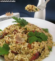 Rice, chicken and grapes salad