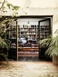 A lovely barcelona home (via fashionsquad.com)